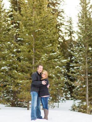 Bozeman Winter Engagement Session - Cold winter session in Hyalite